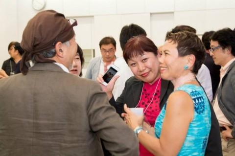 東京ソーシャルシフトの会 懇親会の様子。ゲストももちろん一緒です!