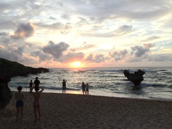 古宇利島の名所「ハート岩」