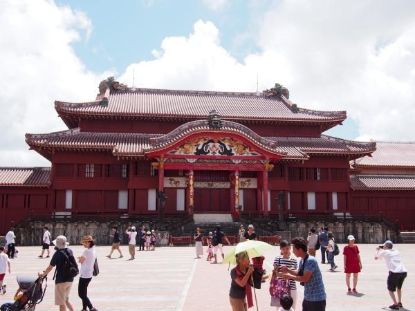琉球王国の栄華を物語る世界遺産「首里城」