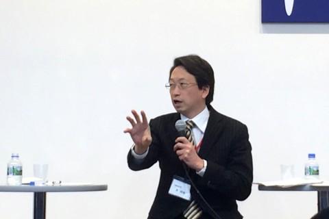 内閣府副大臣 平 将明 氏