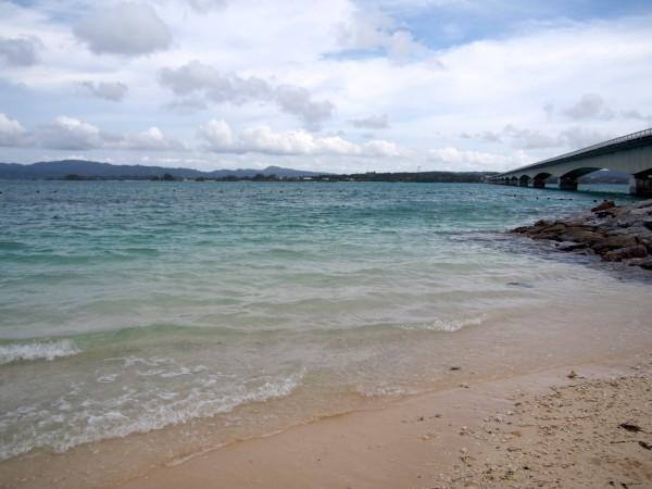 古宇利島のビーチにて