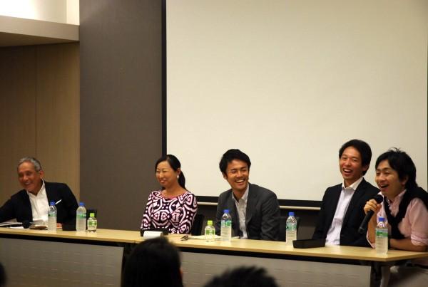 フローレンス駒崎さん、Teach For Japan松田さん、クロスフィールズ小沼さん、ヒューマン・ライツ・ウォッチ趙さん、そして米倉先生が登壇したパネルディスカッションの様子2