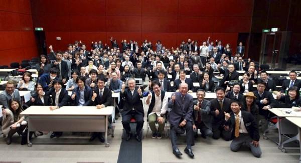 東京ソーシャルシフトの会における過去最大のイベントにおける集合写真