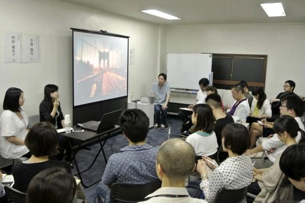 かものはしプロジェクト小畠さん、NGO・PLAS門田さん、加藤たけしさんによるトークセッション